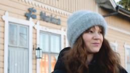 Roosa Alatalo Nokian asemalla.