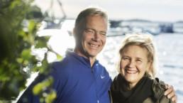 Pekka ja Elina Westerling Pyhäjärven rannalla.